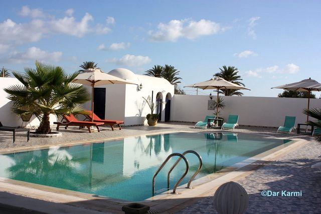 Piscine de la Maison d'hôtes Dar Karmi à Djerba