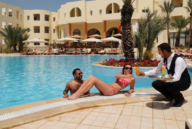 Hôtel Green Palm piscine extérieure